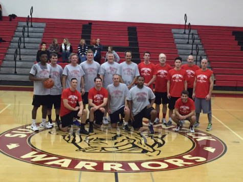 Alumni Compete in Basketball Game