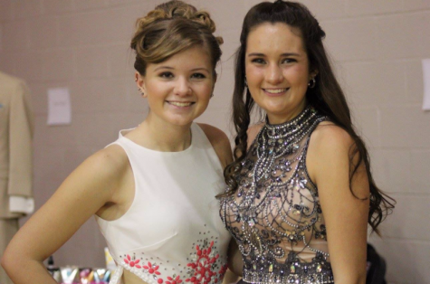 Students Put A Spark in the Prom Fashion Show