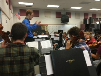 Orchestra students prepare for concert