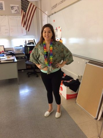 Students Say Aloha to Hawaiian Day