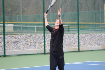 Boy's Tennis Serves Up a New Season