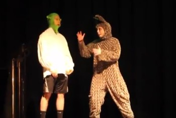 Shrek Cast Prepares to Perform
