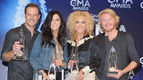 Little Big Town celebrates its win at the CMAs. Photo courtesy of Jon Kopaloff of Getty Images.
