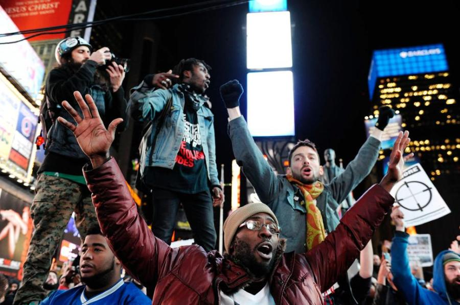 Times Square in New York fills with people protesting for black rights. Photo courtesy Jesse Ward and New York Daily News.