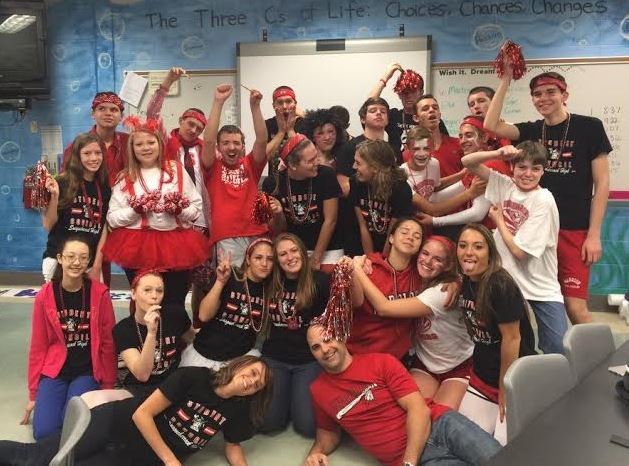 Student Council celebrates the final day of the spirit week clad in red and white. Photo courtesy of Kellin McCullough.