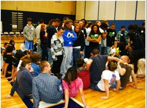 Students participate in friendly activities. Photo courtesy of the YJCC