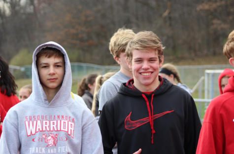 From left to right: freshman Matt Keuler and sophomore Nate Hunsinger.