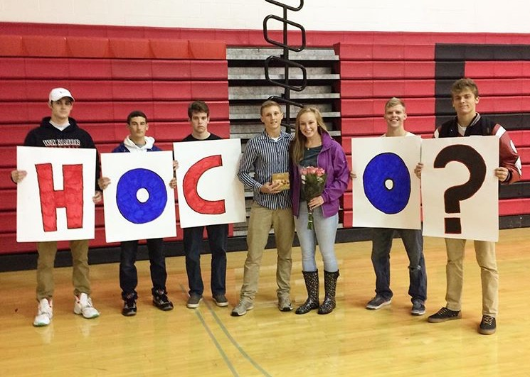 Junior Ben Trego, along with the help of friends,  asked senior Maddie Tomasic to homecoming. Photo by: Maddie Tomasic