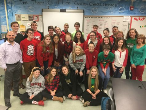 Students Sleigh in their Ho-Ho-Holiday Wear