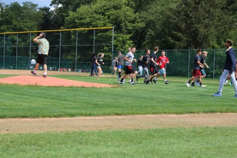 Students Compete in Field Day