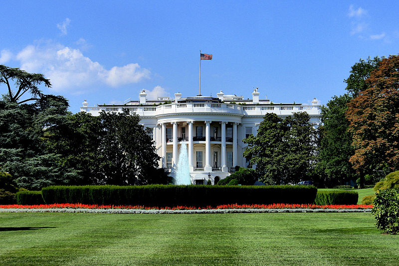 A picture of the White House. Photo by: By HiraV (Own work) [CC BY 3.0 (http://creativecommons.org/licenses/by/3.0)], via Wikimedia Commons