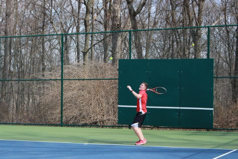 Boys Tennis Swinging into the Season