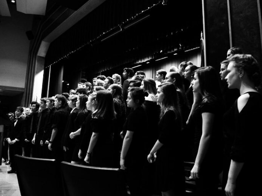 Susquehannock+High+School+choir+preparing+for+its+upcoming+Spring+Choral+Concert.
