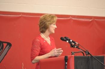 Distinguished Alumni speaker Anne Druck delivers some words of wisdom to the future graduates.