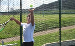 Boys Tennis Takes the Court