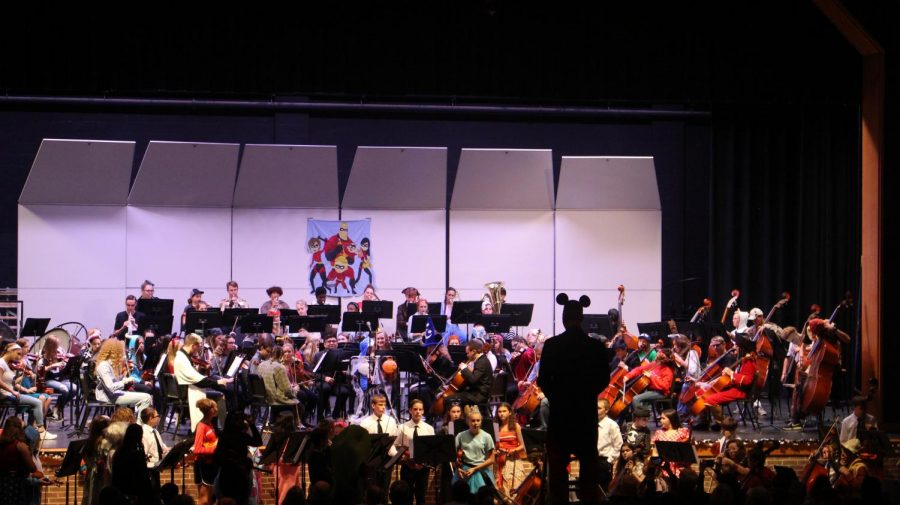 Orchestra+Director%2C+Zach+Levi%2C+is+dressed+as+Mickey+Mouse+for+the+annual+Costume+Concert.+Both+the+Middle+School+and+the+High+School+preformed+the+piece+titled+%22Pines+of+Rome%22+for+their+last+piece.+