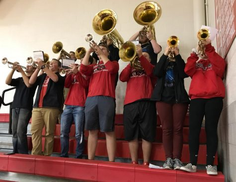 Marching Band Gets Ready for Cavalcade of Bands