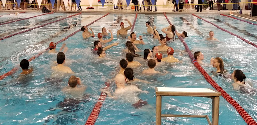 Boys Swim Team Splashes at District Championships