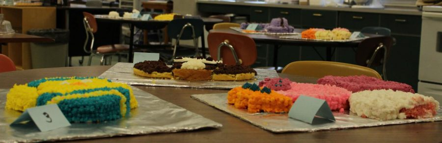 Foods I Students Partake in Cake War