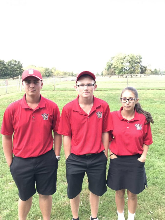 From left to right; Sophomore Sam Elsen, senior Andrew Roberts, and freshman Haley Hebel advance to the first round of districts.  Photo via @SuskyWarriors on Twitter.