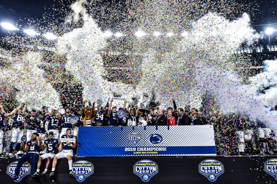 The+Penn+State+Nittany+Lions+celebrating+their+win+over+the+Memphis+TIgers.+%0A%0Avia+%40PennStateFBall+on+Twitter