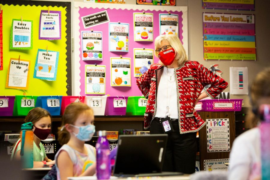 Superintendent Dr. Sandra Lemmon visits students in the classroom. Photograph courtesy of Artemas Mott.
